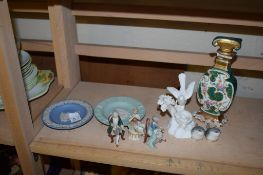 TWO SMALL WEDGWOOD DISHES AND OTHER CERAMIC ITEMS INCLUDING A BIRDS NEST BY JONES FOR CROWN