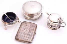 Mixed Lot: George V shaped circular ring box with engine turned lid, opening to reveal the