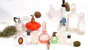 Collection of 13 assorted vintage scent bottles/atomisers/phials, conditions vary (13)