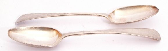 Pair of George II Old English pattern table spoons, base marked London 1740/41 by Thomas Wallis I,