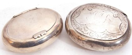 Late Victorian small tobacco pebble with hinged lid, 8cm x 6cm, Birmingham 1900, by Synyer &