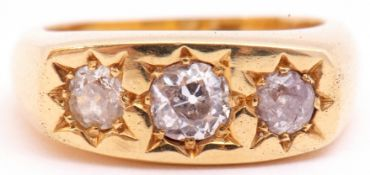 18ct gold three stone diamond ring featuring three graduated round old cut diamonds, approx 1ct,