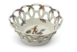 Small 18th century Worcester basket with pierced sides and floral decoration in Chelsea style to the