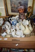 CERAMIC ITEMS INCLUDING WEDGWOOD STYLE JUG AND SOME POTTERY MODELS OF SWANS