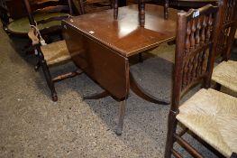 REPRODUCTION DROP LEAF PEDESTAL TABLE, 82CM WIDE
