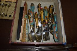 CUTLERY WITH MOULDED EGYPTIAN DECORATION HANDLES