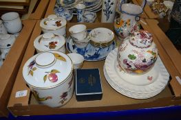 CERAMIC ITEMS INCLUDING THREE ROYAL WORCESTER EVESHAM PATTERN JARS AND COVERS