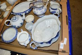 BOX CONTAINING BLUE AND WHITE WARES INCLUDING A MEISSEN STYLE TEA POT IN THE ONION PATTERN