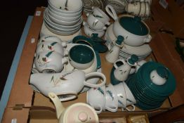 DENBY DINNER WARES IN THE GREEN WHEAT PATTERN COMPRISING CASSEROLE AND COVER, DINNER PLATES, SIDE