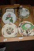 TRAY CONTAINING MAINLY CERAMIC ITEMS INCLUDING PLATES BY VILLEROY & BOCH DECORATED WITH A KAKIEMON