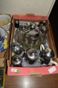 BOX CONTAINING PLATED WARES