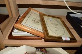 QUANTITY OF PICTURE FRAMES, GILT WOODEN FRAMES