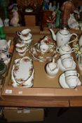 CHINA ITEMS INCLUDING SOME ROYAL ALBERT OLD COUNTRY ROSES TEA WARES COMPRISING TWO SMALL SERVING