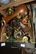 QUANTITY OF METAL WARES INCLUDING BRASS CANDLESTICKS, COPPER EWER ETC