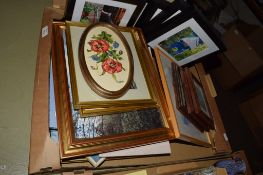 BOX CONTAINING DECORATIVE PICTURES