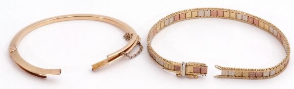Mixed Lot: 9kt stamped tri-colour bracelet, together with a yellow metal hinged bracelet, both