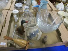 TRAY CONTAINING GLASS WARES AND POTTERY ITEMS INCLUDING LARGE SERVING JUG AND AN ARRAN POTTERY VASE