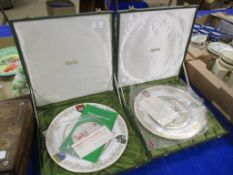 PAIR OF BOXED SPODE ST LEGER PLATES, LIMITED EDITION NO 120 FROM 1000, ONE PLATE NO 130 FROM 1000