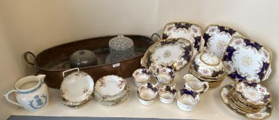 Coalport tea service 8 place settings 32 pieces & copper plant trough & other ceramics & glass