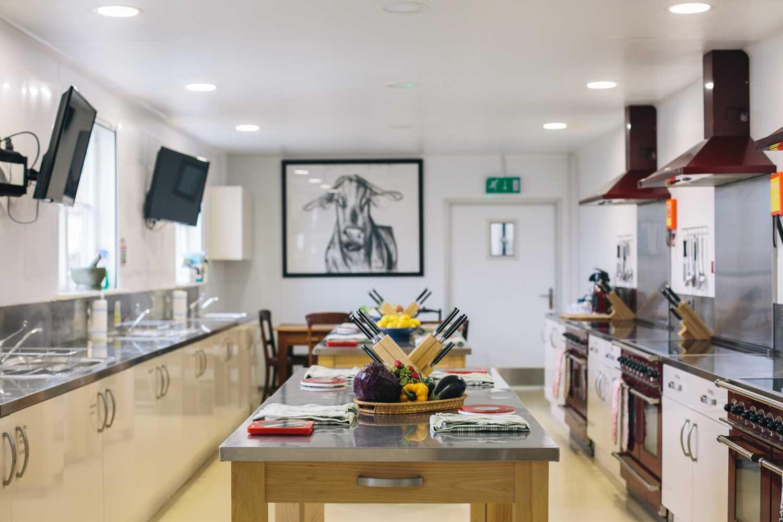 Kenton Hall Estate 2 Night Stay, Luxury Glamping and Cookery Course, Stowmarket, Suffolk Kenton Hall - Image 4 of 4
