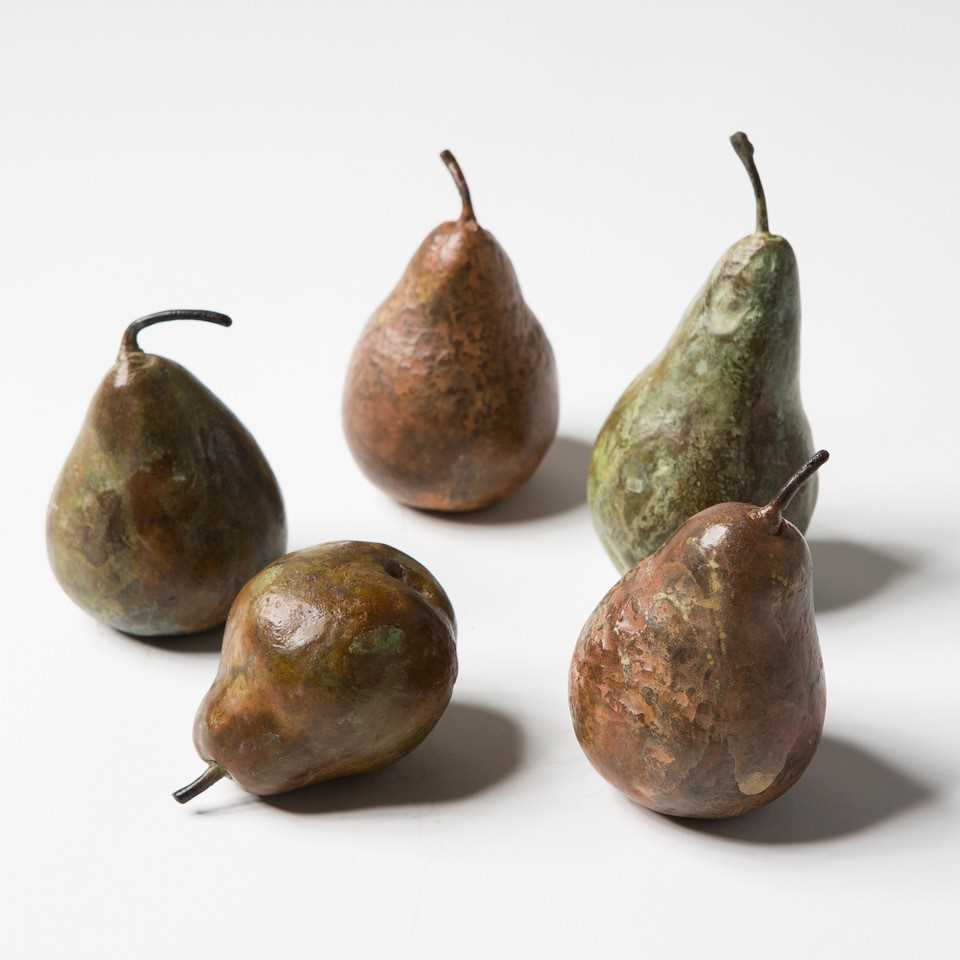 Alice-Andrea Ewing Pomarius Bronze Pear Sculpture Group A collection of five Suffolk-grown Doyenne