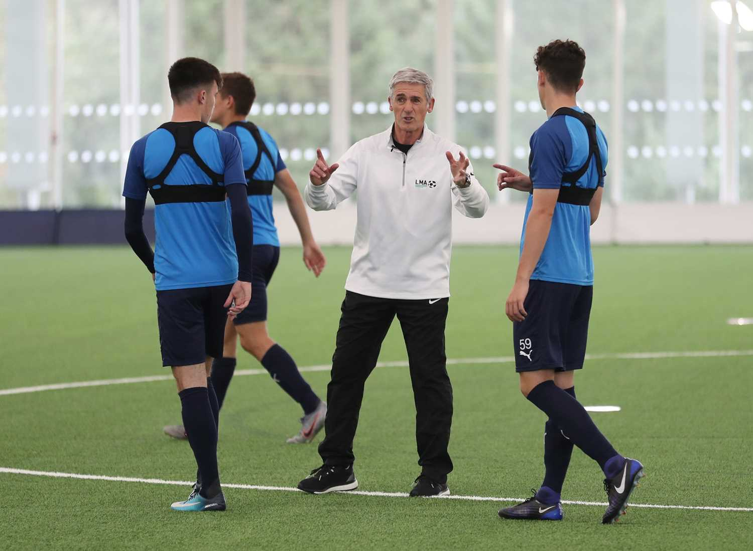 Exclusive Coaching Session with a League Managers Association Ambassador A chance for your - Image 2 of 3