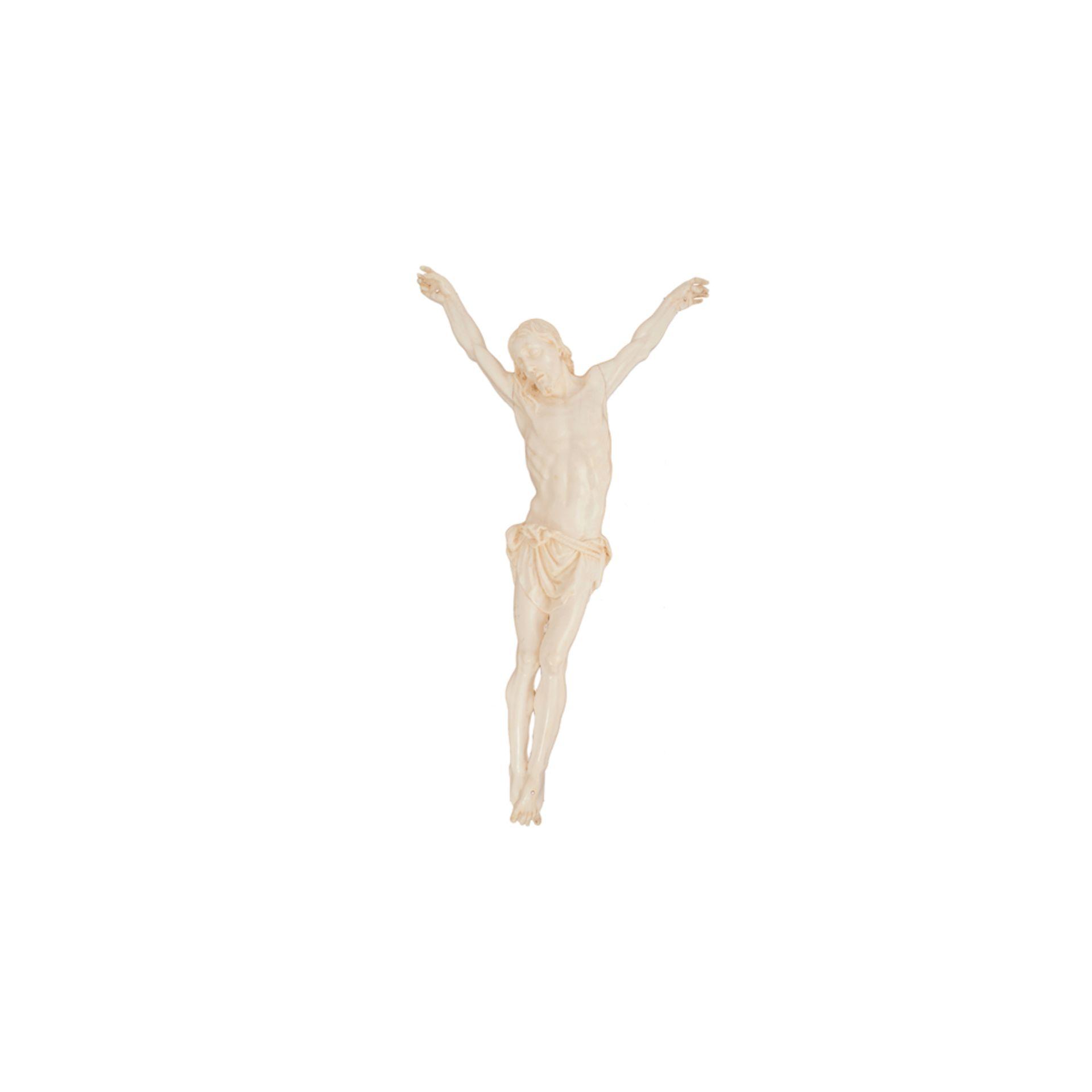 Los 8 - Escuela francesa, s.XIX. Cristo crucificado. Escultura en marfil tallado.