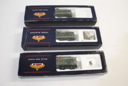 BACHMANN BOXED LOCOMOTIVES 3 boxed locomotives including 32-427 Class 24 Diesel D5085 (no