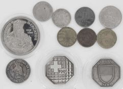 Lot of coins and medals, as well as silver. please visit.