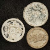 Thailand / Siam, three tokens, porcelain, late 18th century. Condition: VF.