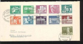 GDR, thick letter album, equipped with typeset letters, FDC, etc. Also a little Austria. Very good