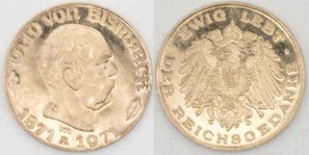 """Goldmedaille """"Otto von Bismarck"""" - Ewig lebt der Reichskanzler. Gold 900. Gewicht: ca. 6,5 g."""