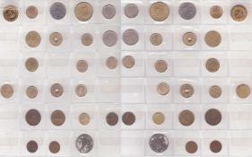 Münzalbum mit Münzen aus aller Welt. Über 164 Münzen. Dazu Münz - Sammelschublade. Bitte