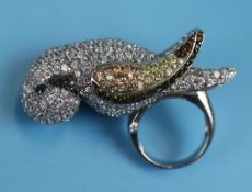 Large silver stone set parrot ring