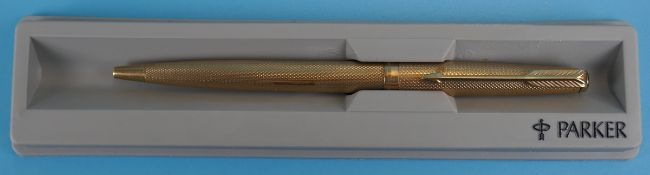 Hallmarked gold Parker pen circa 1973 - Approx gross weight: 15g