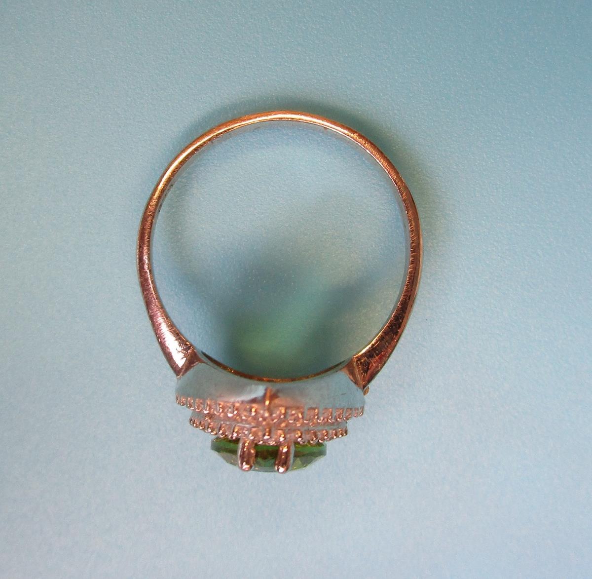 Silver topaz set earrings, pendant & ring - Image 4 of 5