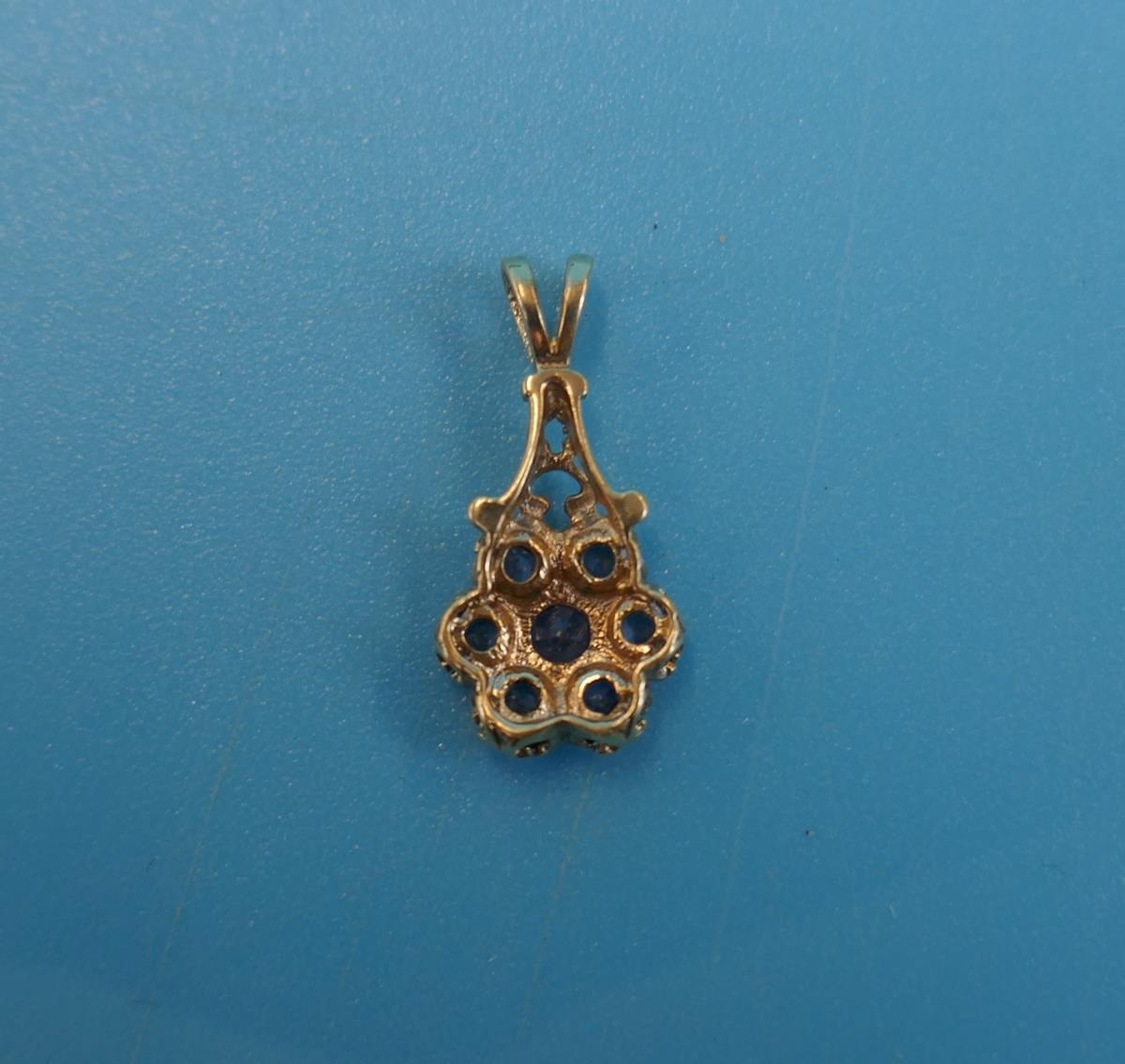 Gold sapphire set pendant - Image 3 of 3