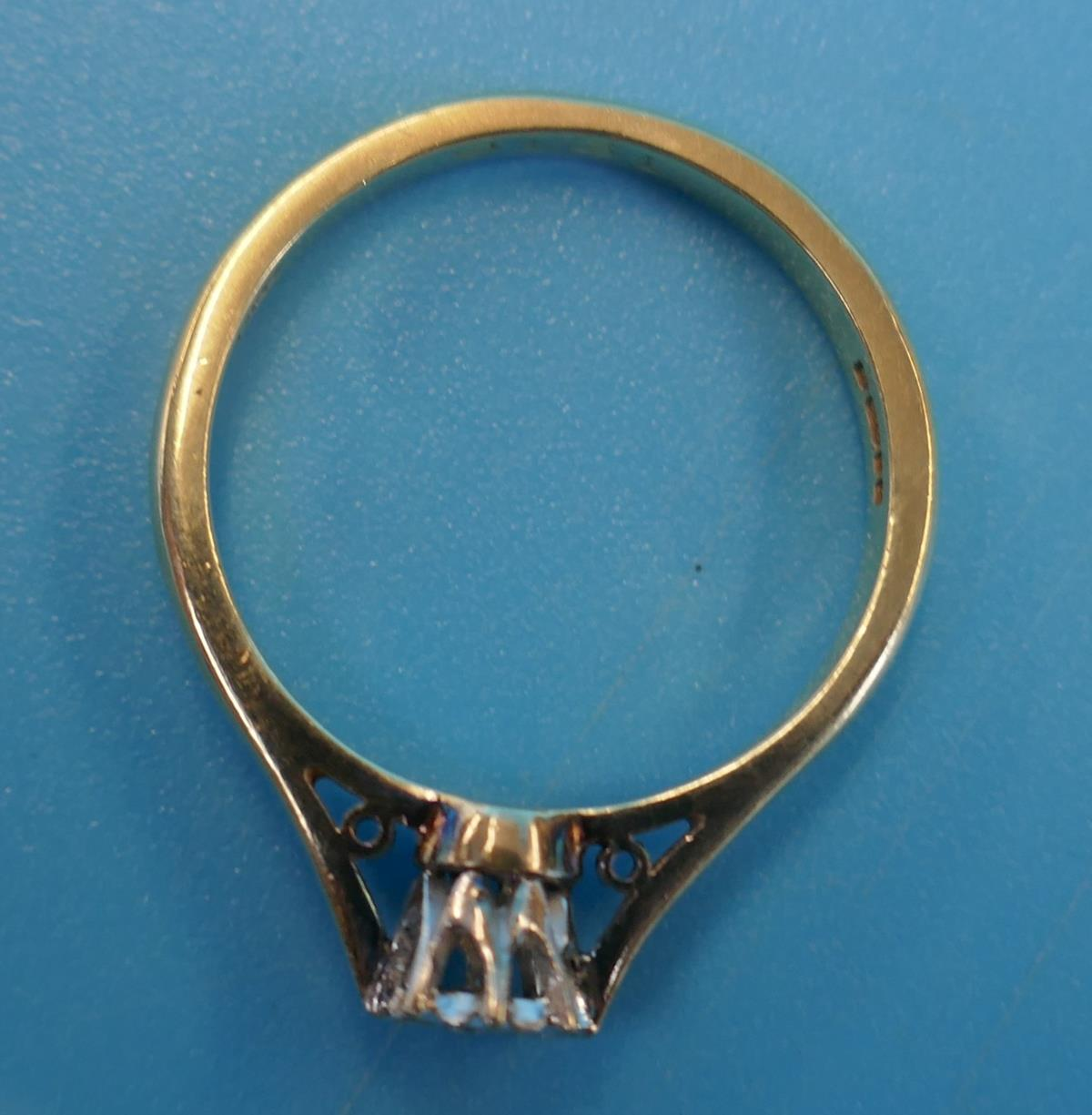 Gold diamond solitaire ring (Size: N) - Image 3 of 3