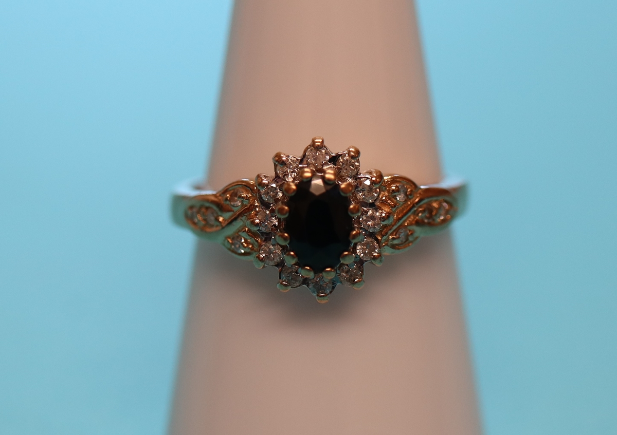 Gold sapphire & diamond cluster ring (Size: N½)