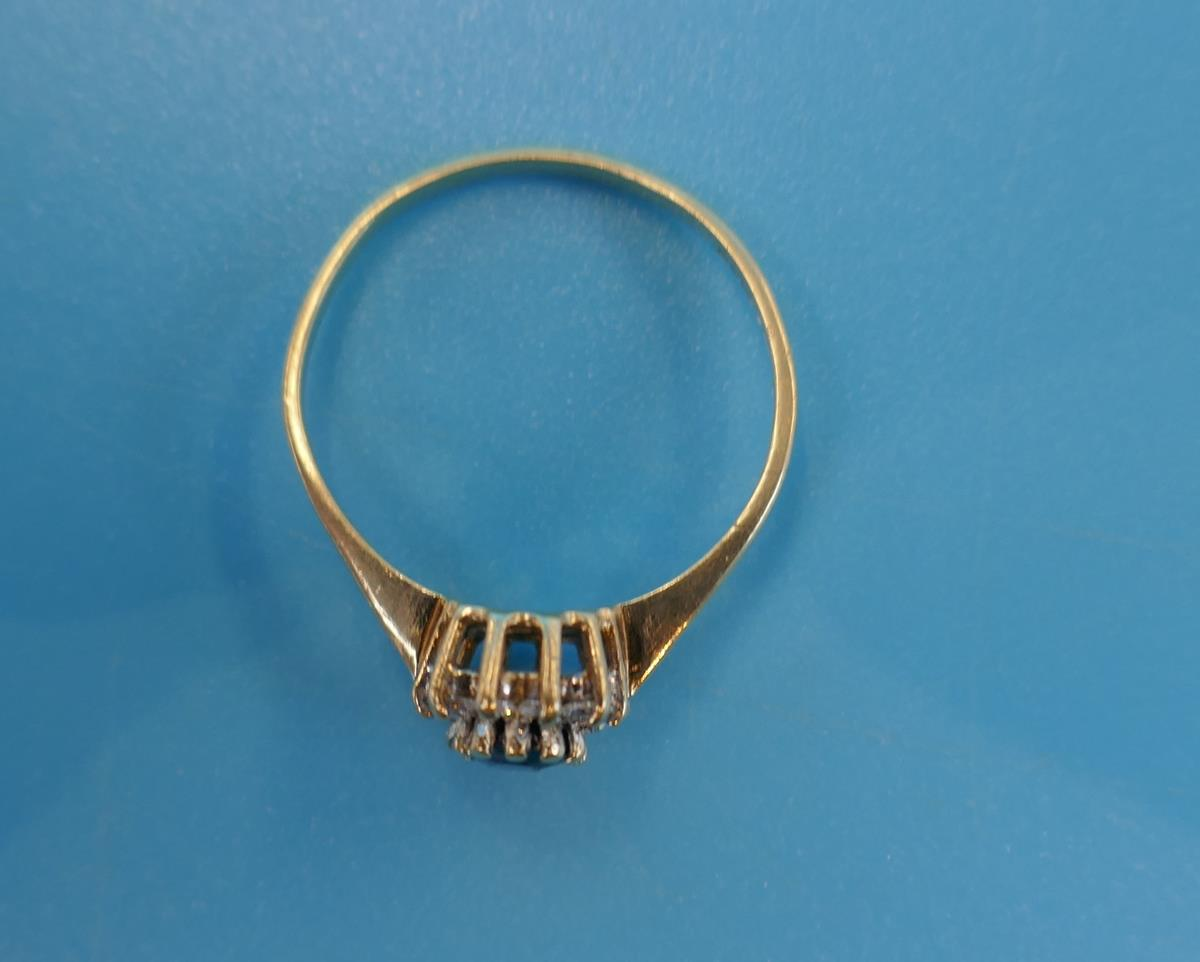 Gold diamond & sapphire cluster ring (Size: N) - Image 3 of 3