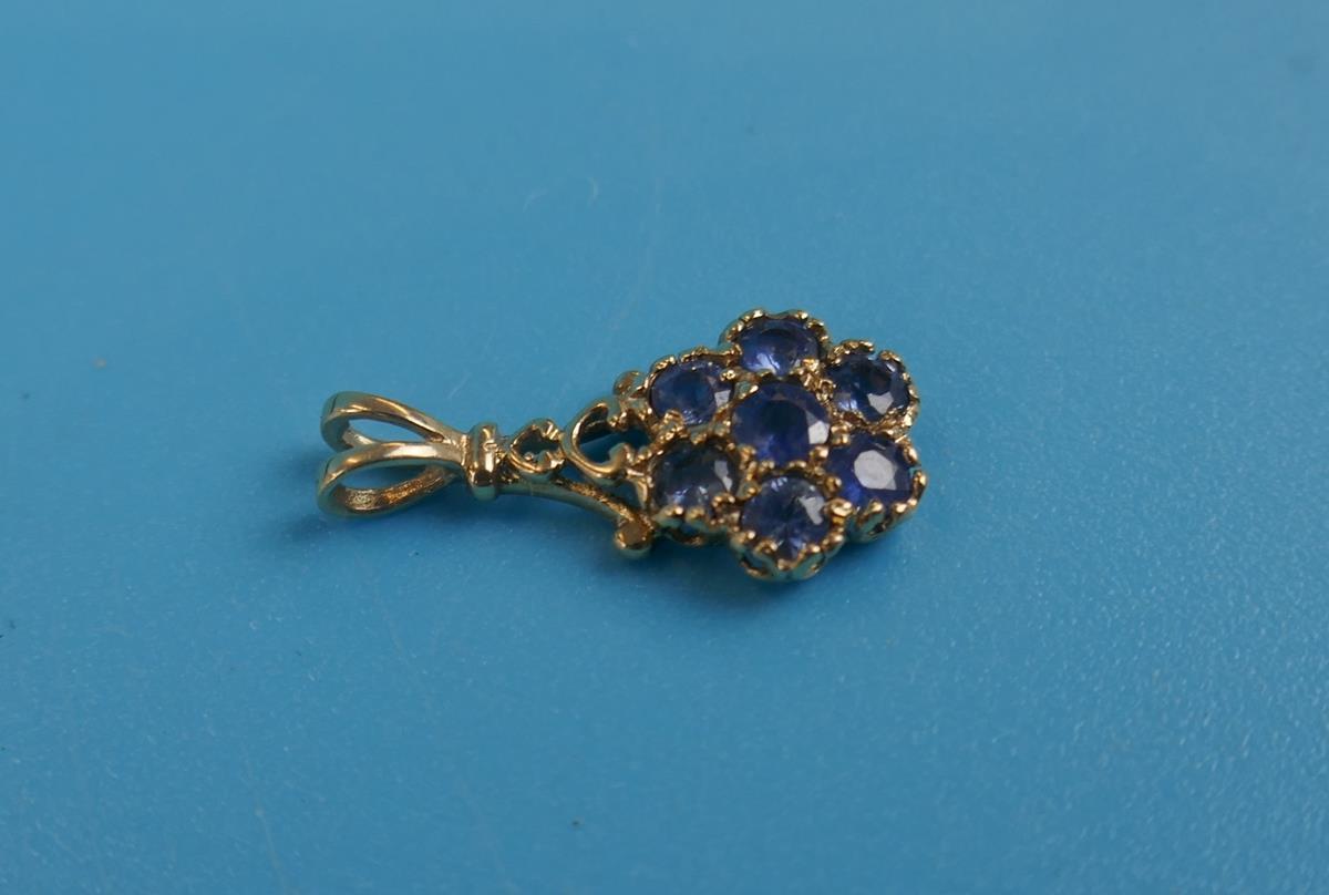 Gold sapphire set pendant - Image 2 of 3