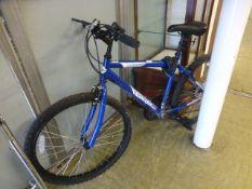 A Pacific men's mountain bike with break