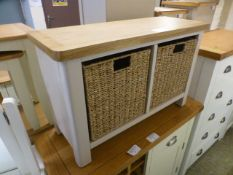 An oak topped light grey wicker basket storage unit (35.