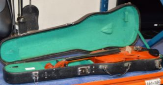 VIOLIN WITH CARRY CASE