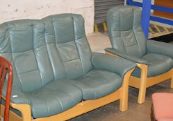 2 PIECE WOODEN FRAMED GREEN LEATHER LOUNGE SUITE COMPRISING 2 SEATER SETTEE & SINGLE ARM CHAIR
