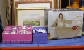 THROW IN BOX, BOXED GLASS PAPER WEIGHT & 2 BOXED SETS OF RENNIE MACKINTOSH STYLE MUGS