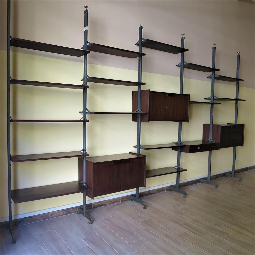 Lot 6 - Libreria a giorno