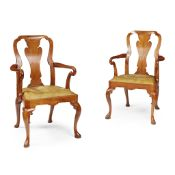 SET OF TWELVE QUEEN ANNE STYLE WALNUT DINING CHAIRS LATE 19TH CENTURY/ EARLY 20TH CENTURY