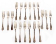 A SET OF EARLY 20TH CENTURY SILVER FEATHER PATTERN CUTLERY with marks for London 1902, makers mark