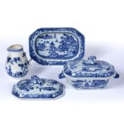 Blue and white tureen and stand Chinese, 19th Century decorated to the body depicting a